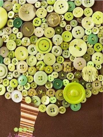 خلاقیت با دکمه های رنگی ریز و درشت
