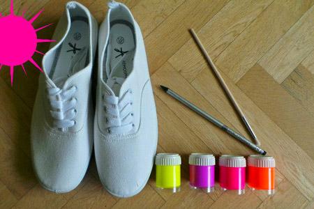 نقاشی روی کفش ساده